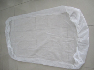 Husa pat material netesut 90cm x 225cm, elastic colturi